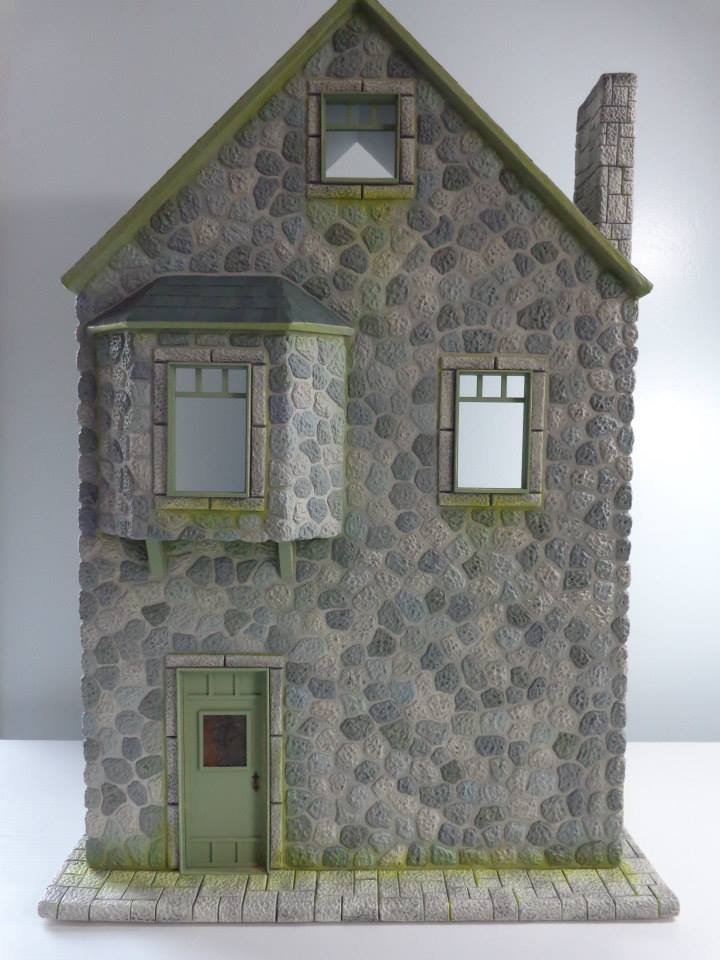 Green House Dollhouse 1