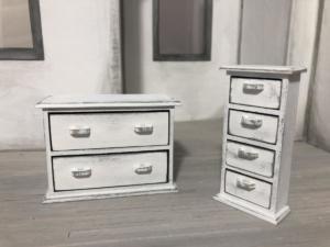 Dressers (1)